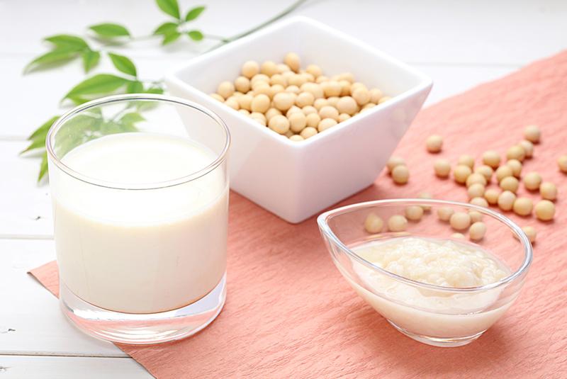 豆乳と甘酒と大豆
